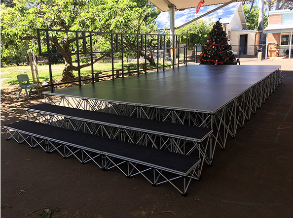 Blue-Mountains-Christmas-Carols-Stage-Hire