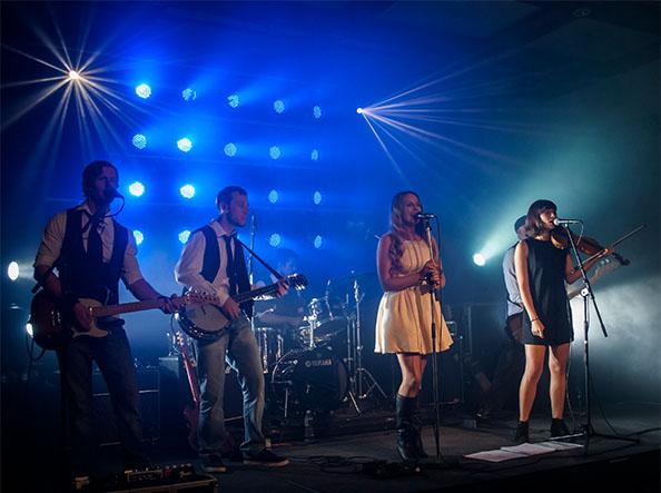 Corporate-band-Lighting-Hire-Fairmont-resort